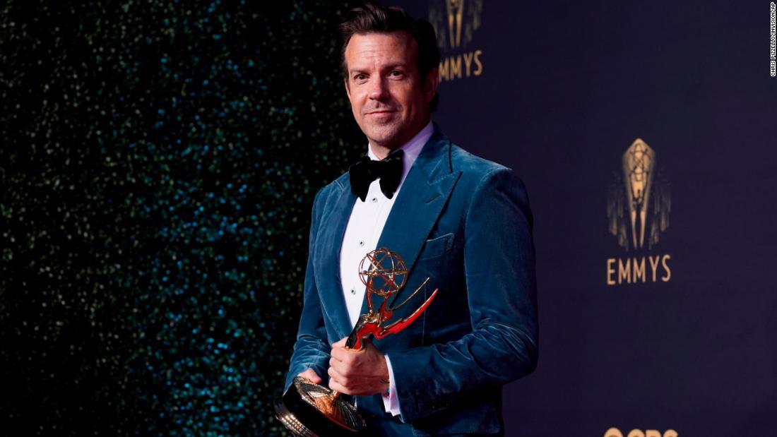 Jason Sudeikis zings 'SNL' boss Lorne Michaels in Emmys speech